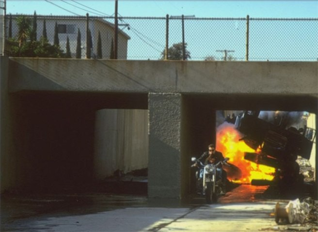 Terminator 2 canal explosion Press shot